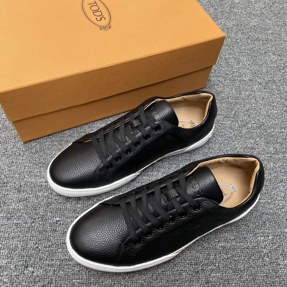 Кроссовки SNEAKERS IN LEATHER BLACK