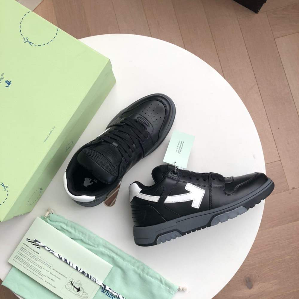 Кроссовки Out of office sneakers Black