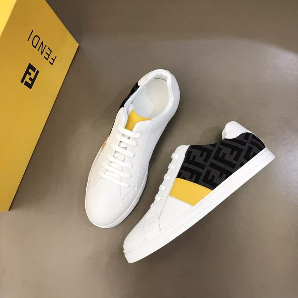 Кроссовки Leather low-tops Yellow and Black