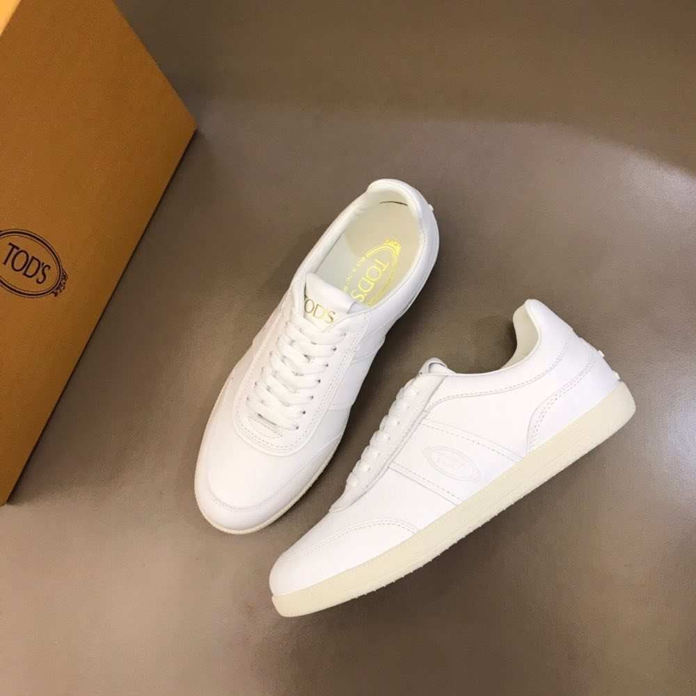 Кроссовки Sneakers In Suede White