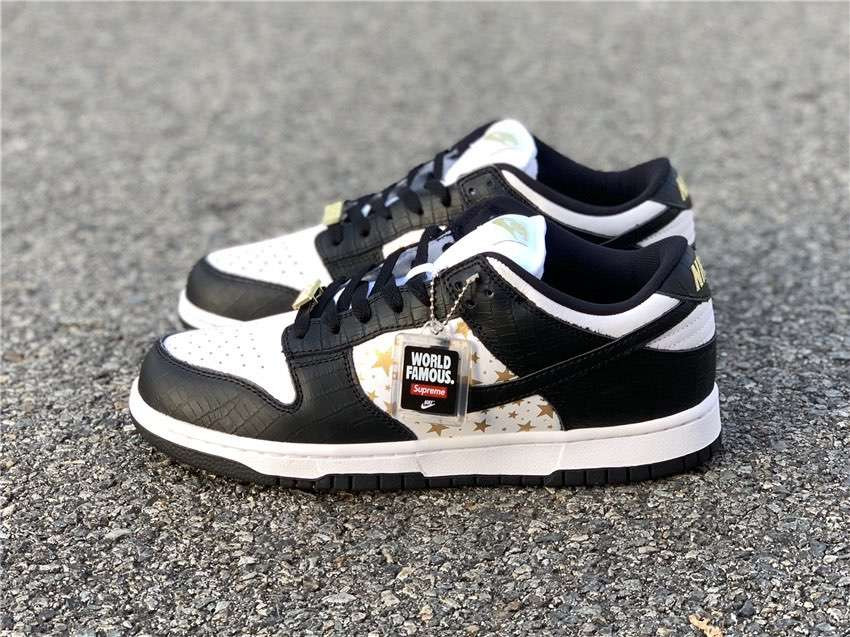 Кроссовки x Supreme  SB Dunk Low Black Stars