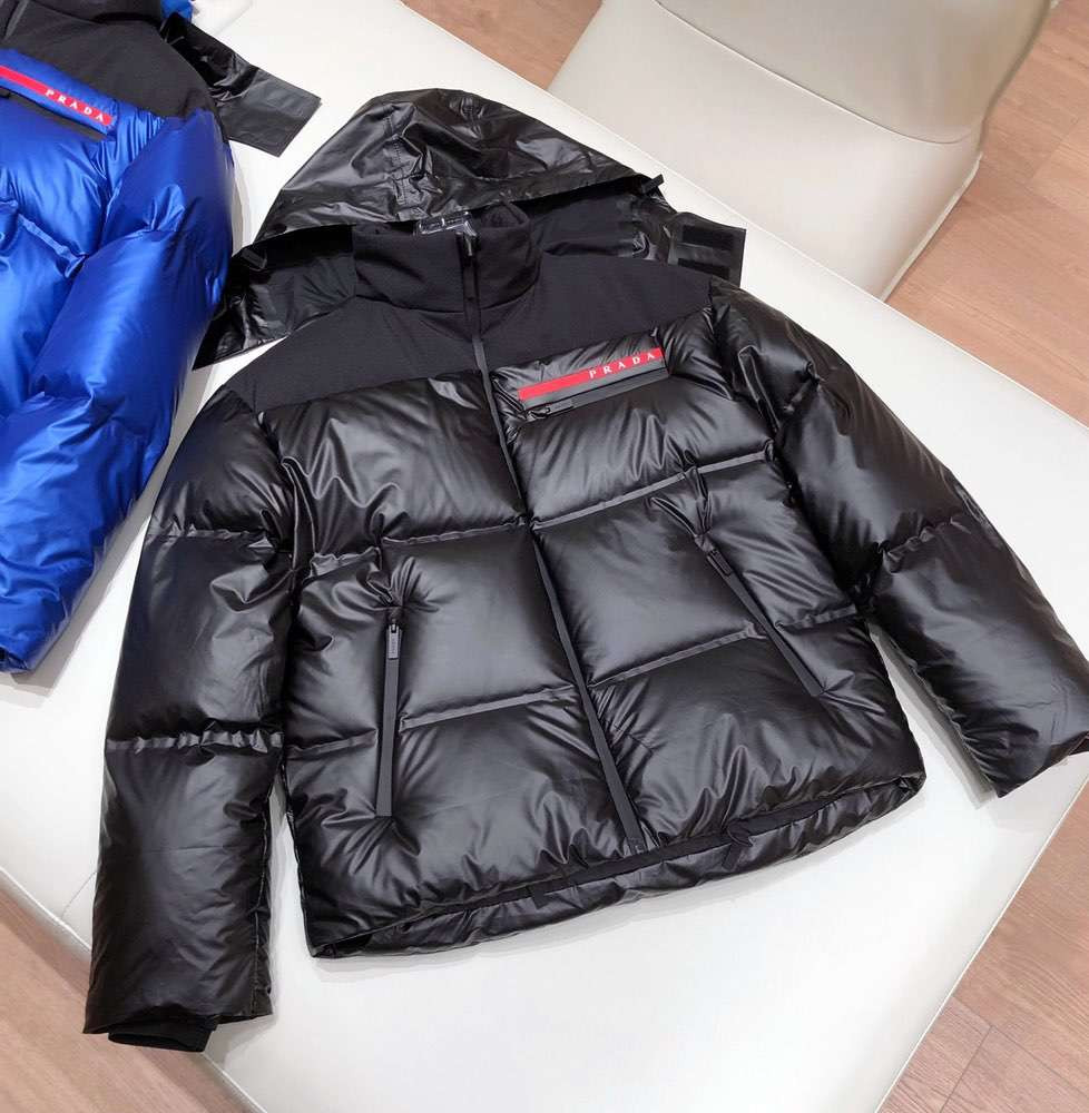 Пуховик Light Bonded Nylon Puffer Jacket Black