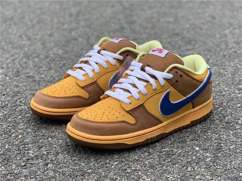 Кроссовки Dunk Low SB Newcastle Brown Ale