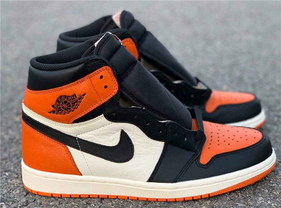 Кроссовки Air Jordan 1 Shattered Backboard