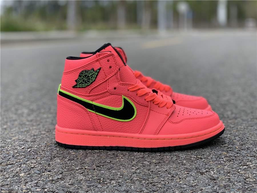 Кроссовки Air Jordan 1 WMNS Hot Punch