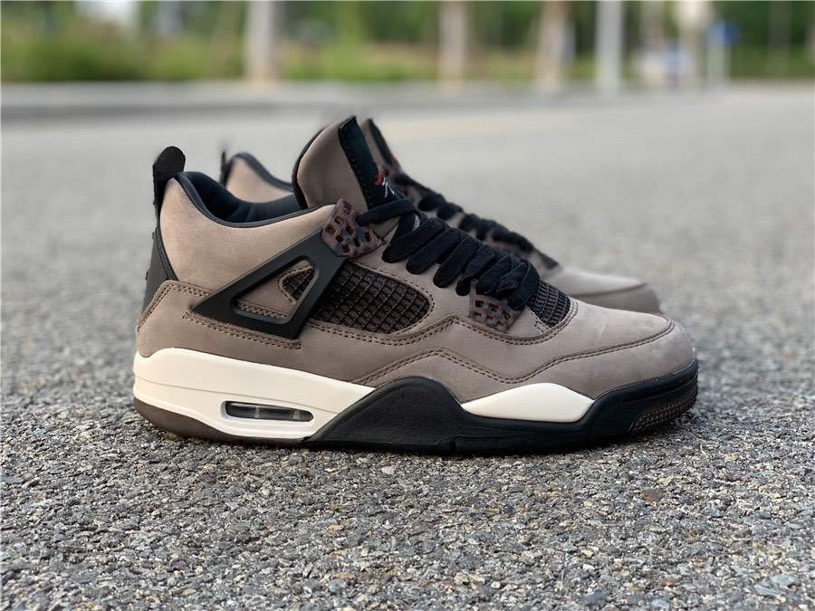 Кроссовки Air Jordan 4 Olive x Travis Scott