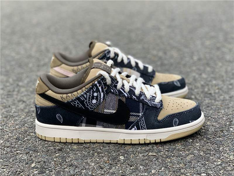 Кроссовки Dunk Low SB x Travis Scott